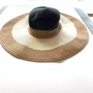 Ann Taylor Factory -  Floppy Straw Beach Hat